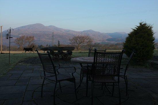 Tyddyn du Farm Luxury Suites:                   View From Long Barn Patio To Moelwyn Mountains