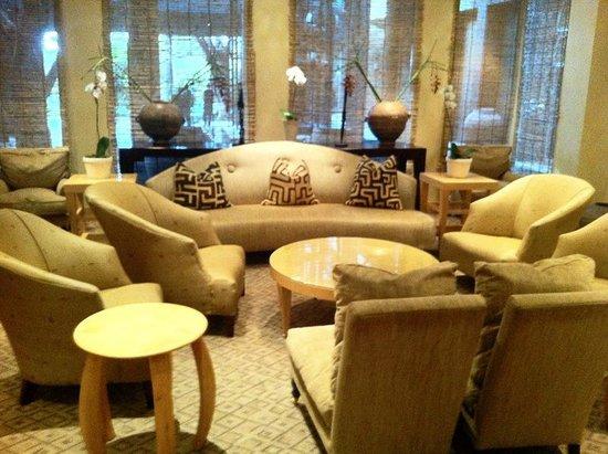 Qunu Restaurant:                                     restaurant lounge area