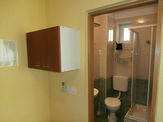 House Klaudija: Junior suit-bathroom
