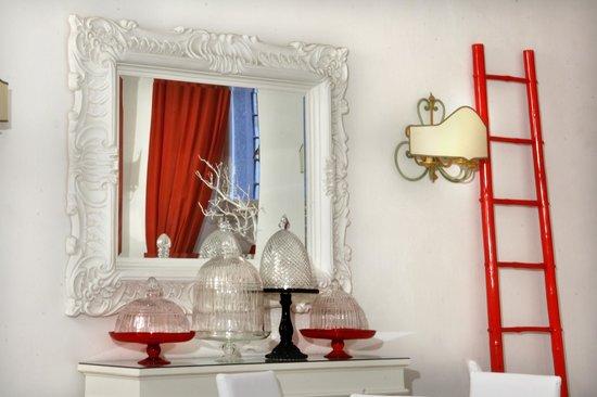 Hotel Adriano: Details Breakfast Room
