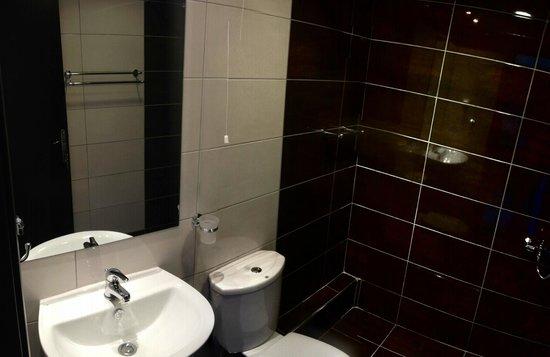 Hotel Poseidon: Bathroom Of new renovated rooms