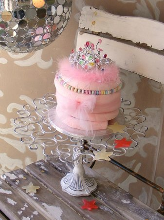 Aunty Bettys: a little pink princess cake