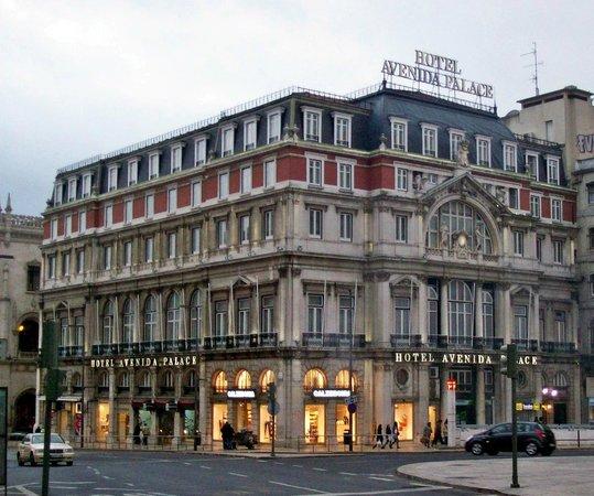 أفينيدا بالاس:                   Hotelgebäude                 