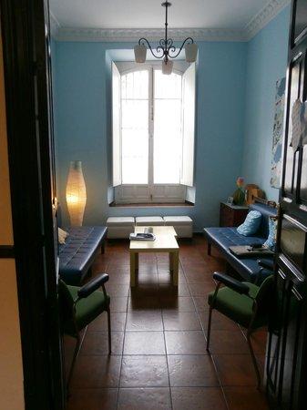 Hostel One Sevilla Centro:                                     Common Room