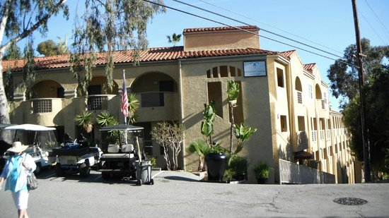 Catalina Canyon Resort & Spa:                   Front of the hotel
