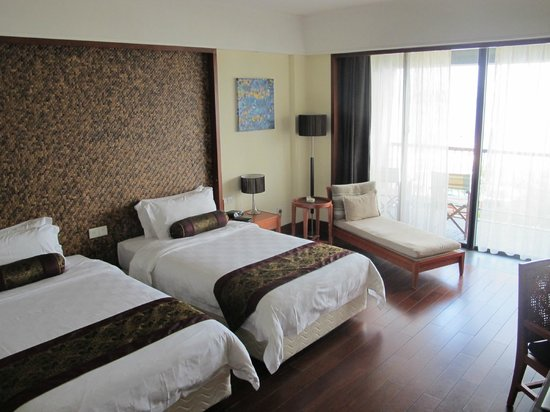Royal Garden Resort:                   Deluxe Room