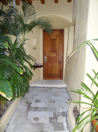 Villa del Sol Resort:                   our room