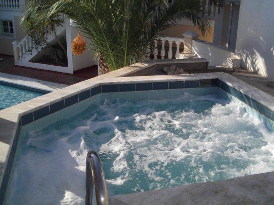 Samos Sun Hotel:                   idromassaggio acceso