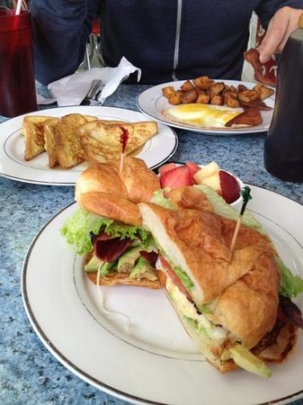 Grease Burger Bar :                   combo plate and California croissant sandwich