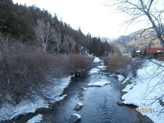 Red River Canyon:                   Beautiful, but very cold water