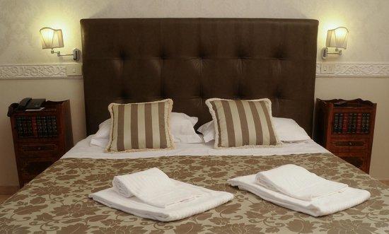 Residenza Zanardelli: camera matrimoniale
