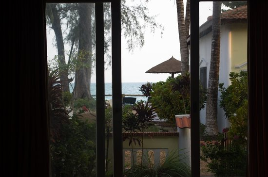Bamboo Cottages & Restaurant:                   Our view (from a garden bungalow)