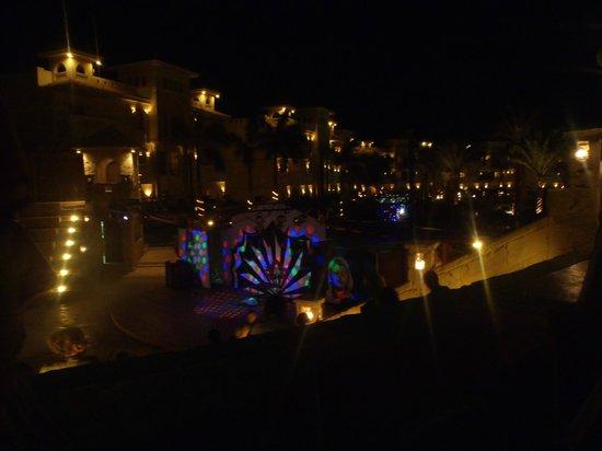 Tropicana Azure Club:                                                       Hotel  grounds