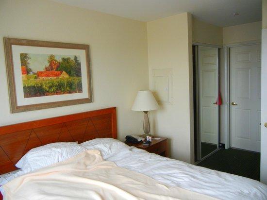 Residence Inn Las Vegas South:                   Bedroom