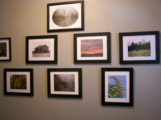 Parrottsville Inn: Photo gift shop for the Inn