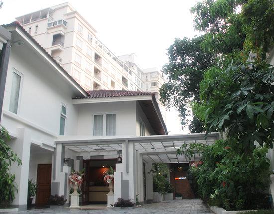 Skyline Boutique Hotel