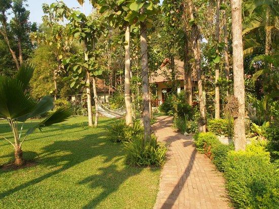 โอเรียนทอลแคว รีสอร์ท:                   Garden