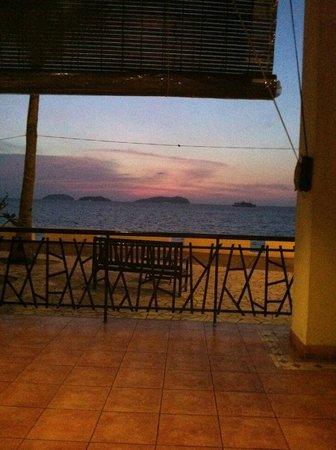Al Fresco:                   sunset view