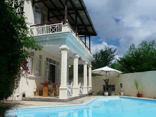 Pallagino Guest House:                                     La maison