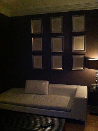 Villa Delle Stelle:                   Neo Classic Living Room