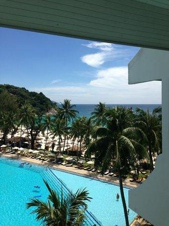 Le Meridien Phuket Beach Resort:                   вид с балкона