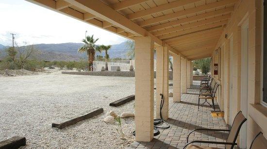 Borrego Springs Motel :                   traditional design