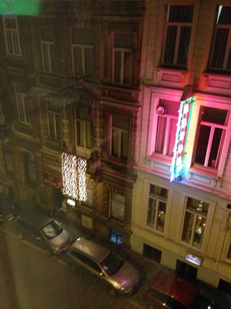 Sofitel Brussels Le Louise:                   SIDE ST VIEW AT NIGHT