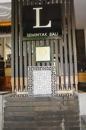 L Hotel Seminyak:                   Front