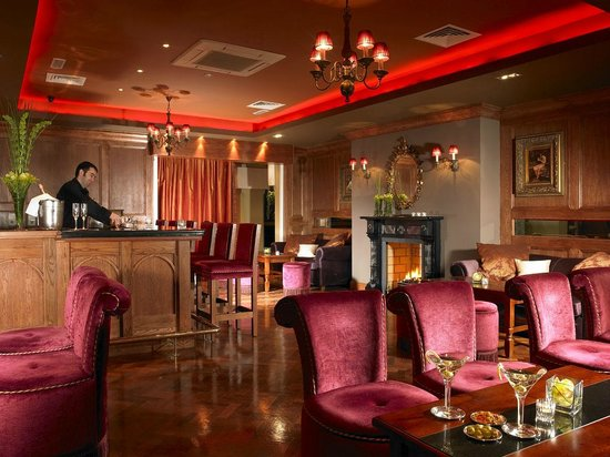 Scotts Hotel: Residents Lounge