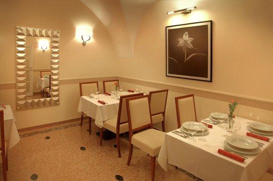 Hotel Ambassador: Restaurant