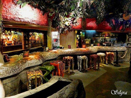 Bar tem tico soho foto de londres inglaterra tripadvisor - Decoracion de bares tematicos ...
