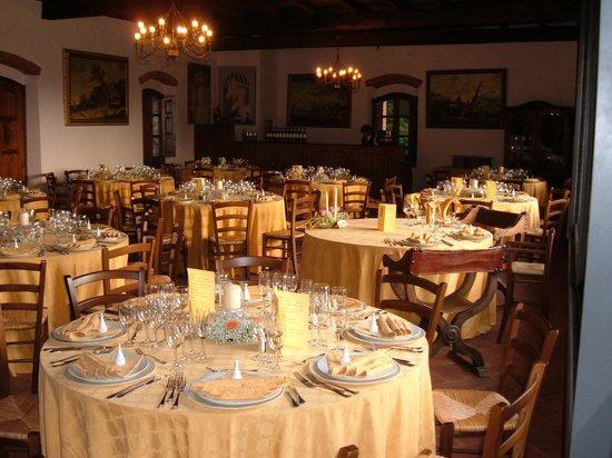 Castello di Valenzano: Sala ultimo piano ristorante