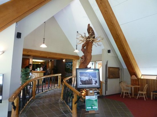Manning Park Resort: Empfangshalle