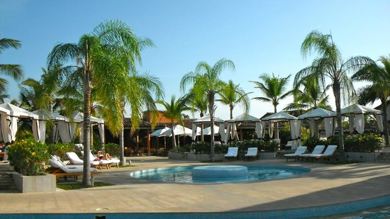 The Buenaventura Golf & Beach Resort Panama, Autograph Collection:                   piscina | lounge