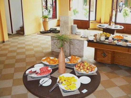 Resort La Torre:                   Lugar donde se sirven todas las comidas