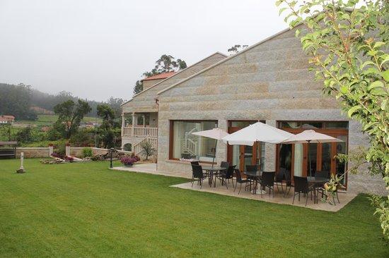 Vista patio exterior picture of casa rural terra santa cambados tripadvisor - Casa rural terra ...