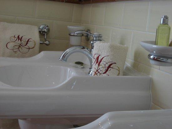 La Maison de Marthe : salle de bain la voute céleste