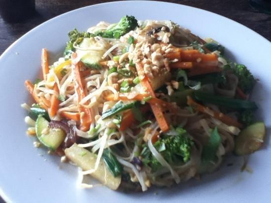 Hot Wok Thai Food:                   pad thai