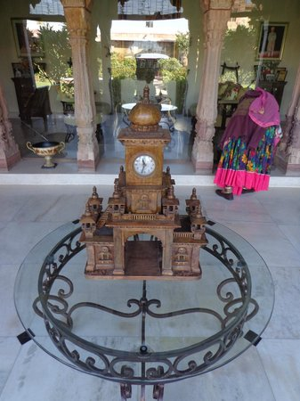 Pal Garh:                                     one of many antiques