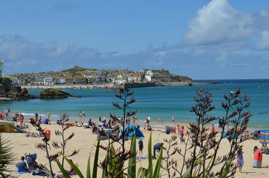 Channings: Porthminster beach with view towards St Ives