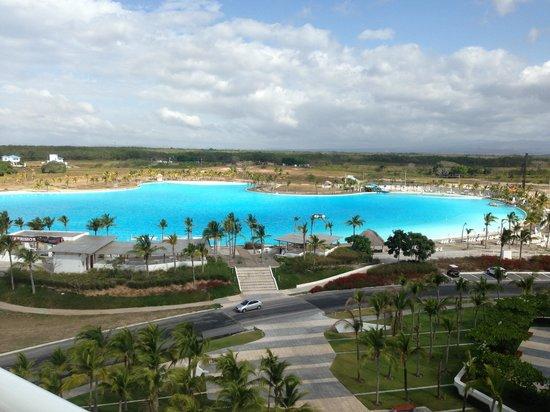 Hotel Playa Blanca Beach Resort :                   Foto en town center playa blanca