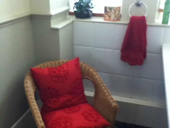 Walkers Fish Restaurant:                                     Ladies Rest room