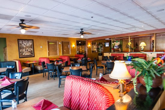 Wyndham Garden San Jose Airport: Island Grill & Bamboo Lounge