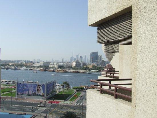 Radisson Blu Hotel, Dubai Deira Creek:                   balcony view