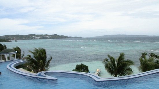 Monaco Suites de Boracay:                                     view from room