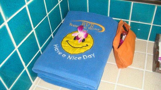 Boomerang Village Resort:                   Gli asciugamani per spiaggia e piscina