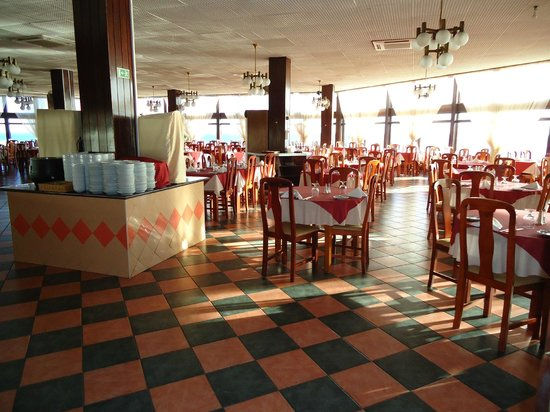 Auramar Beach Resort:                   Restaurante