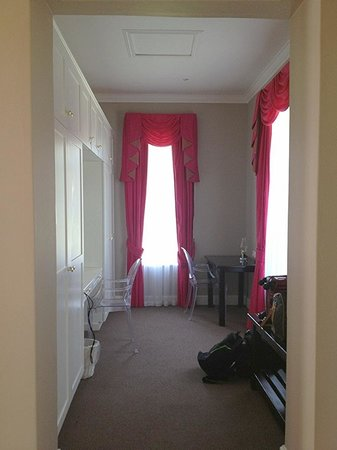 Fordoun Spa Hotel Restaurant:                   Spacious dressing room