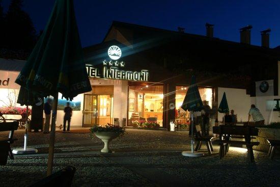 Intermonti Hotel: Entrata