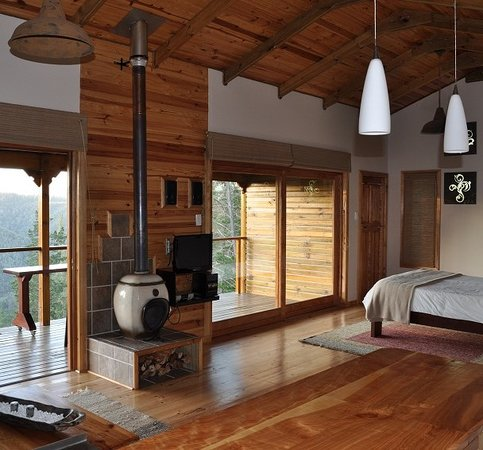 Cliffhanger Cottages
